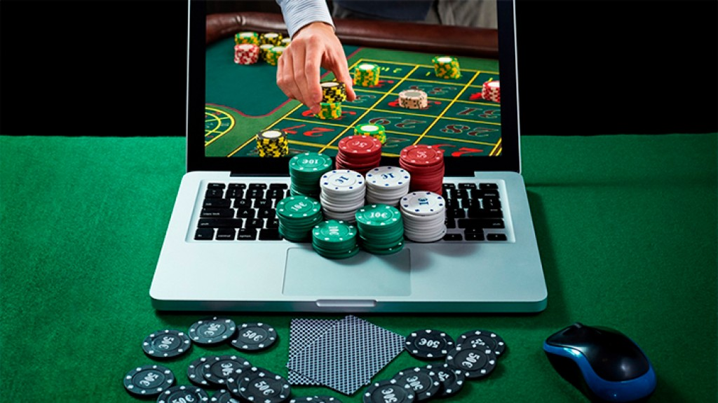 Playing Casino Games Online To Kill Boredom