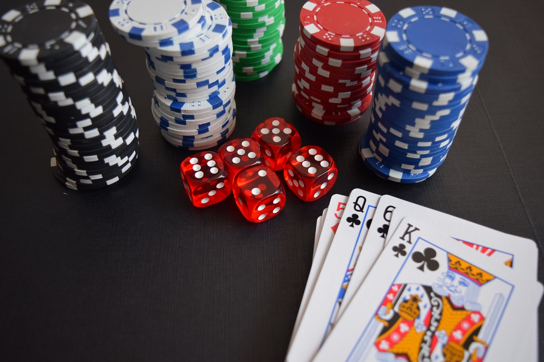 Why Everyone Is Speaking About Poker The Basic Reality Revealed